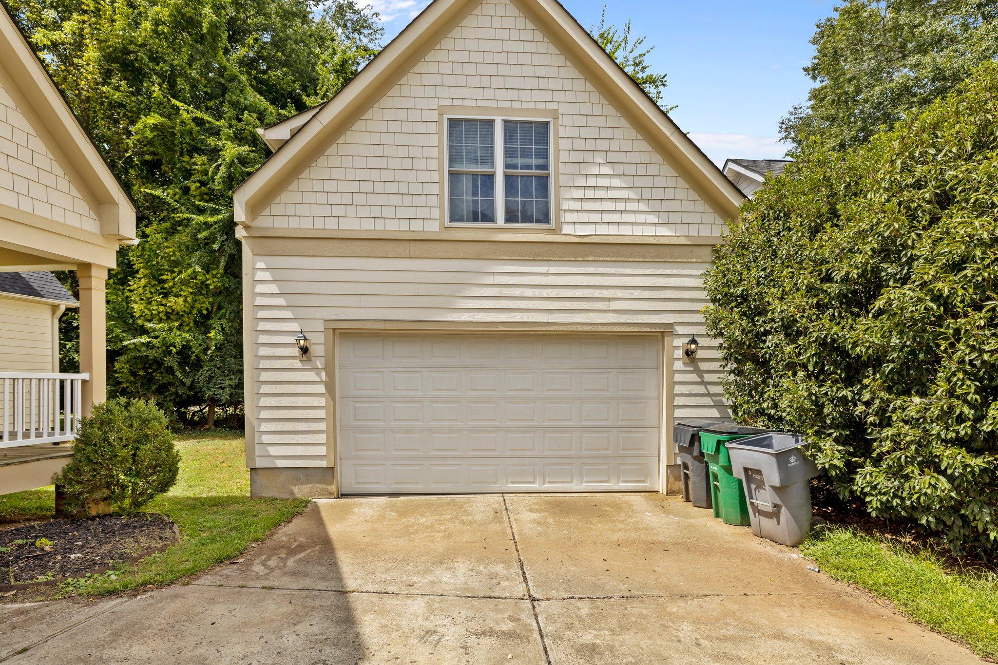 7433 Windyrush Rd, Charlotte, NC 28226, USA Photo 3