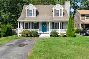 79 Joyce Ave, Whitman, MA 02382, USA Photo 1