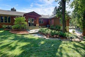 8 Poplar Ln, North Oaks, MN 55127, USA Photo 7
