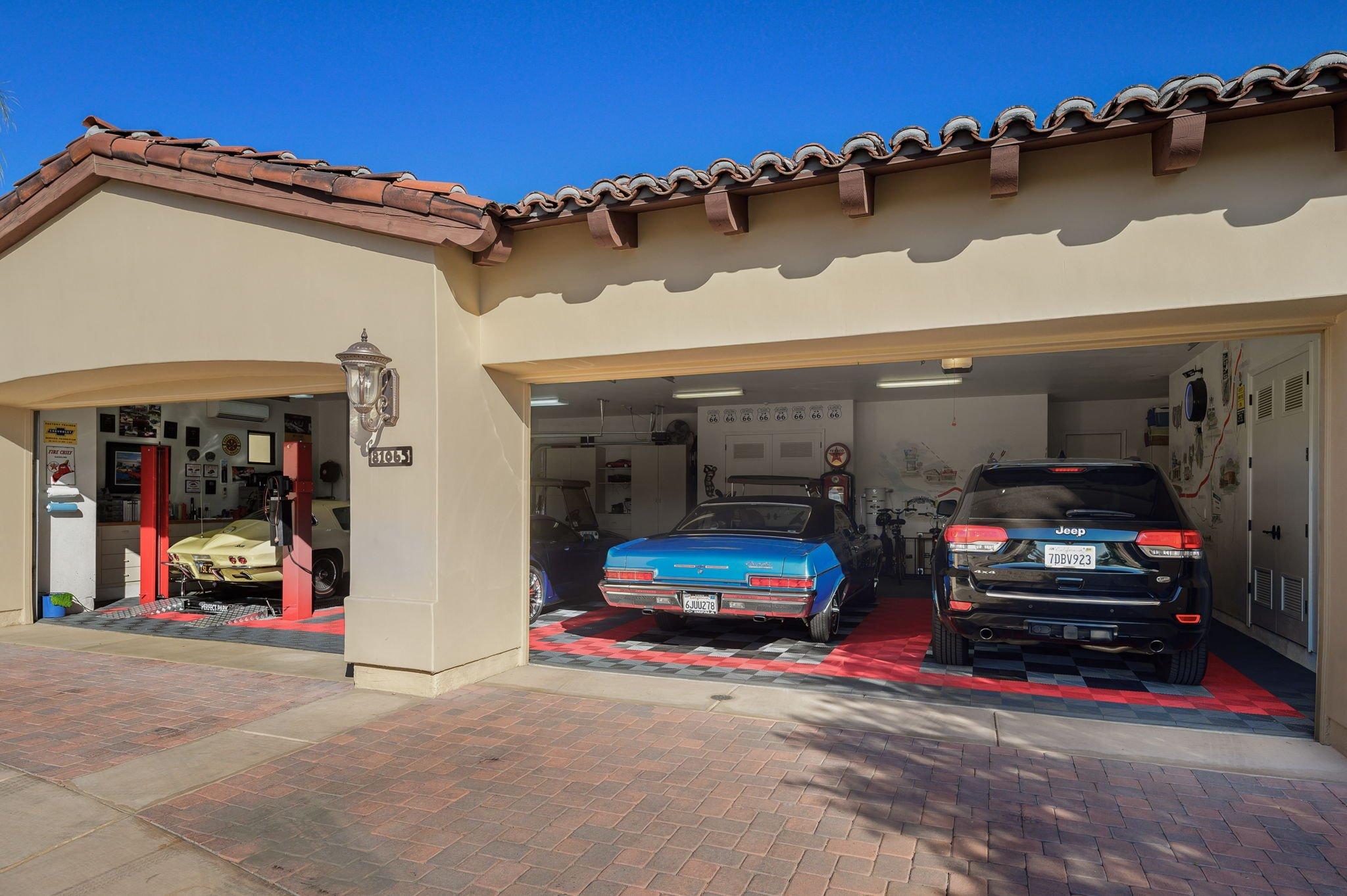 4+ Car Garage