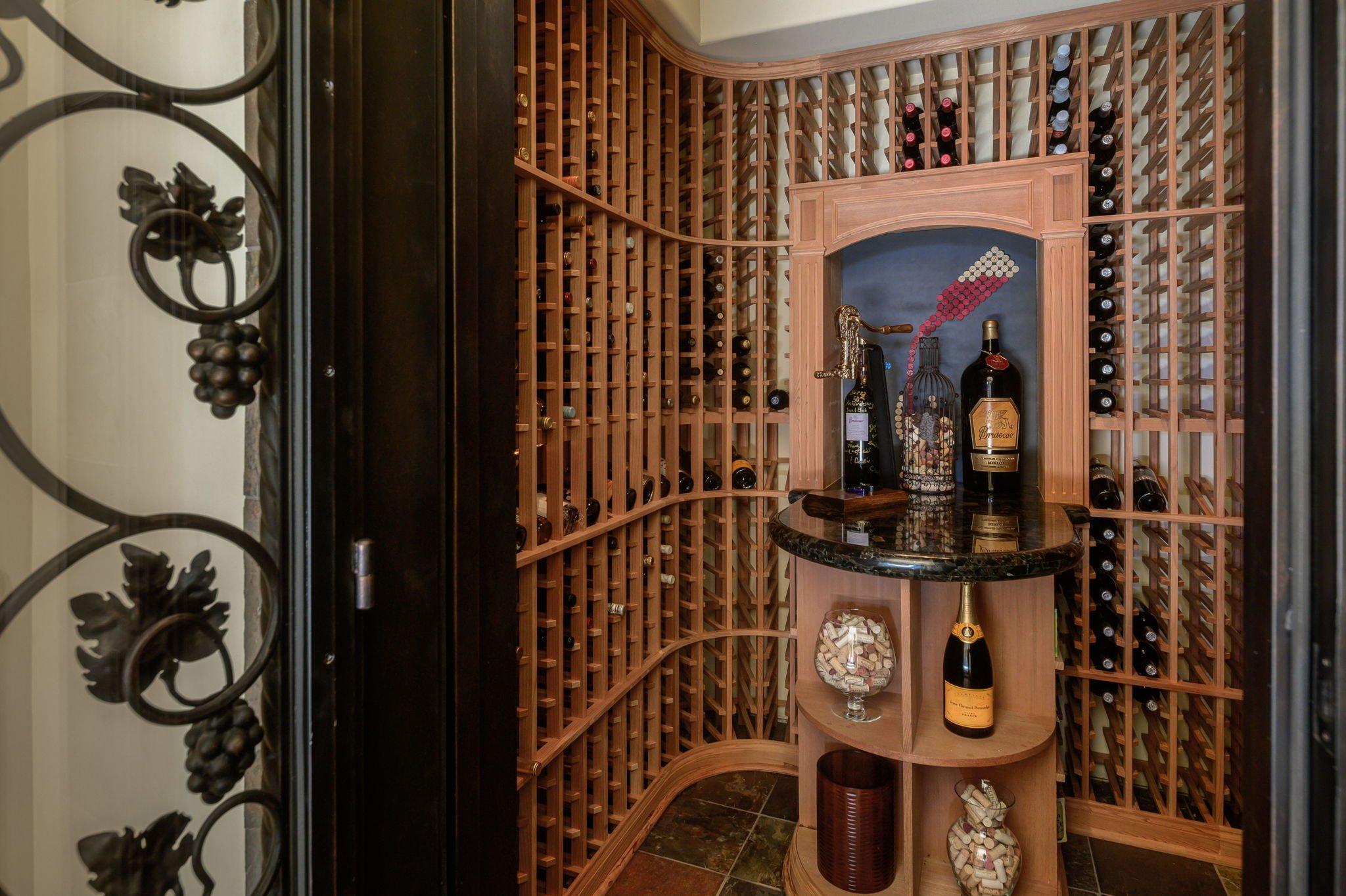 600+ Wine Cellar