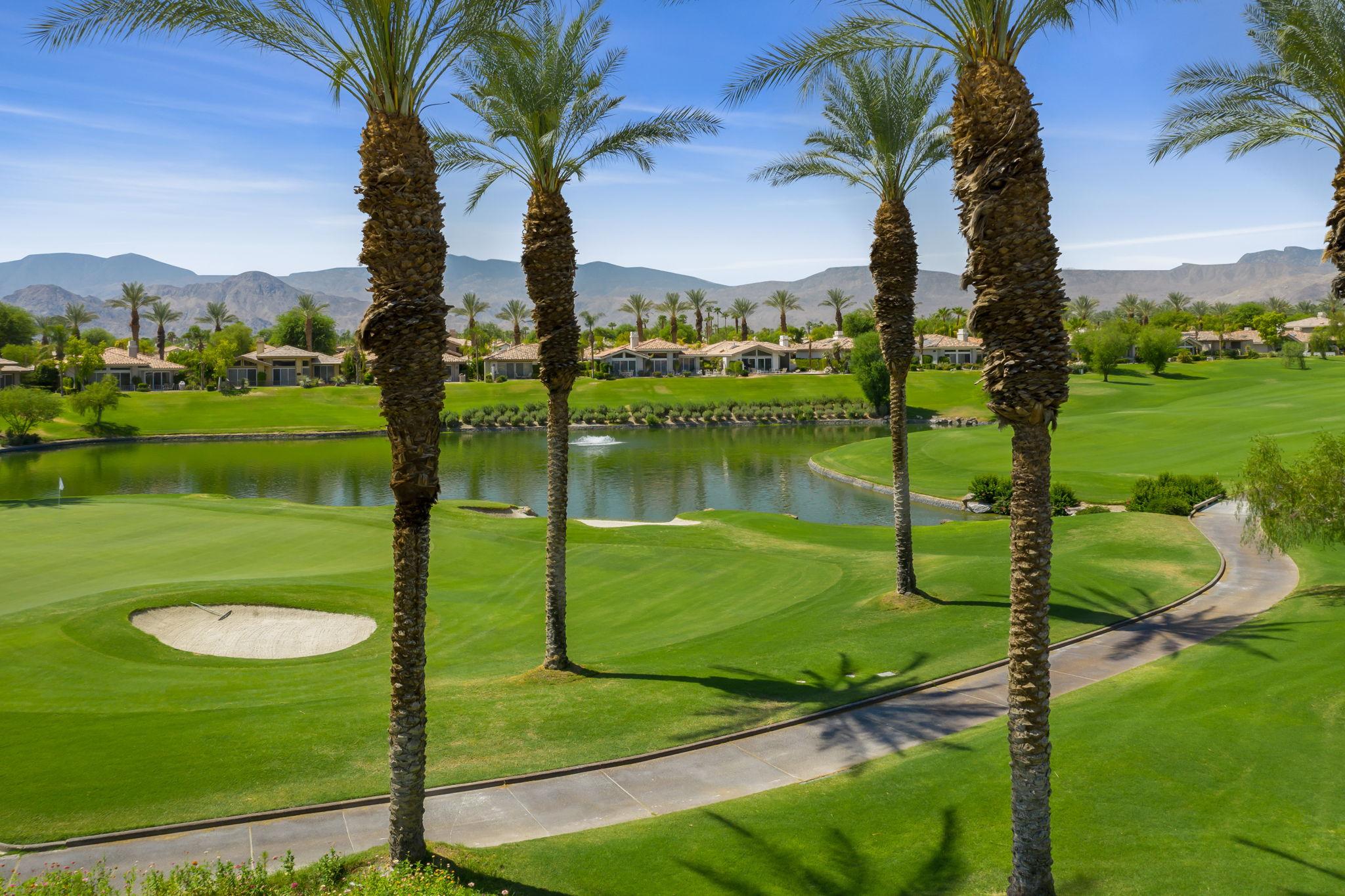887 Red Arrow Trail, Palm Desert, CA 92211, US Photo 14