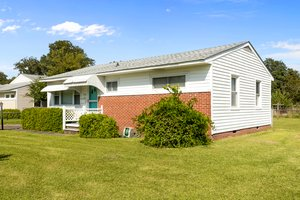 904 N Yaupon Terrace, Morehead City, NC 28557, USA Photo 1