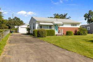904 N Yaupon Terrace, Morehead City, NC 28557, USA Photo 2