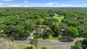 9114 Balcones Club Dr, Austin, TX 78750, USA Photo 4