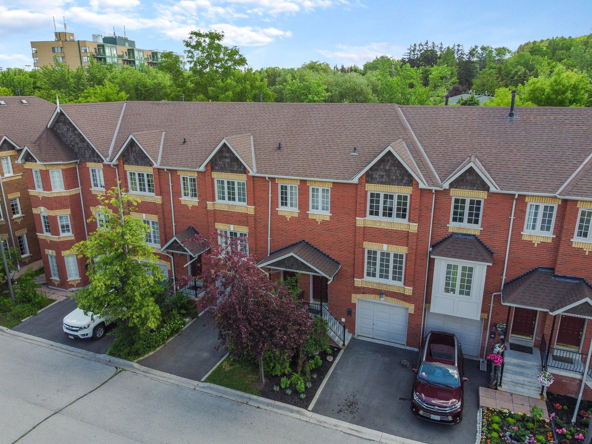 95 Weldrick Rd E, Richmond Hill, ON L4C 0H6, Canada