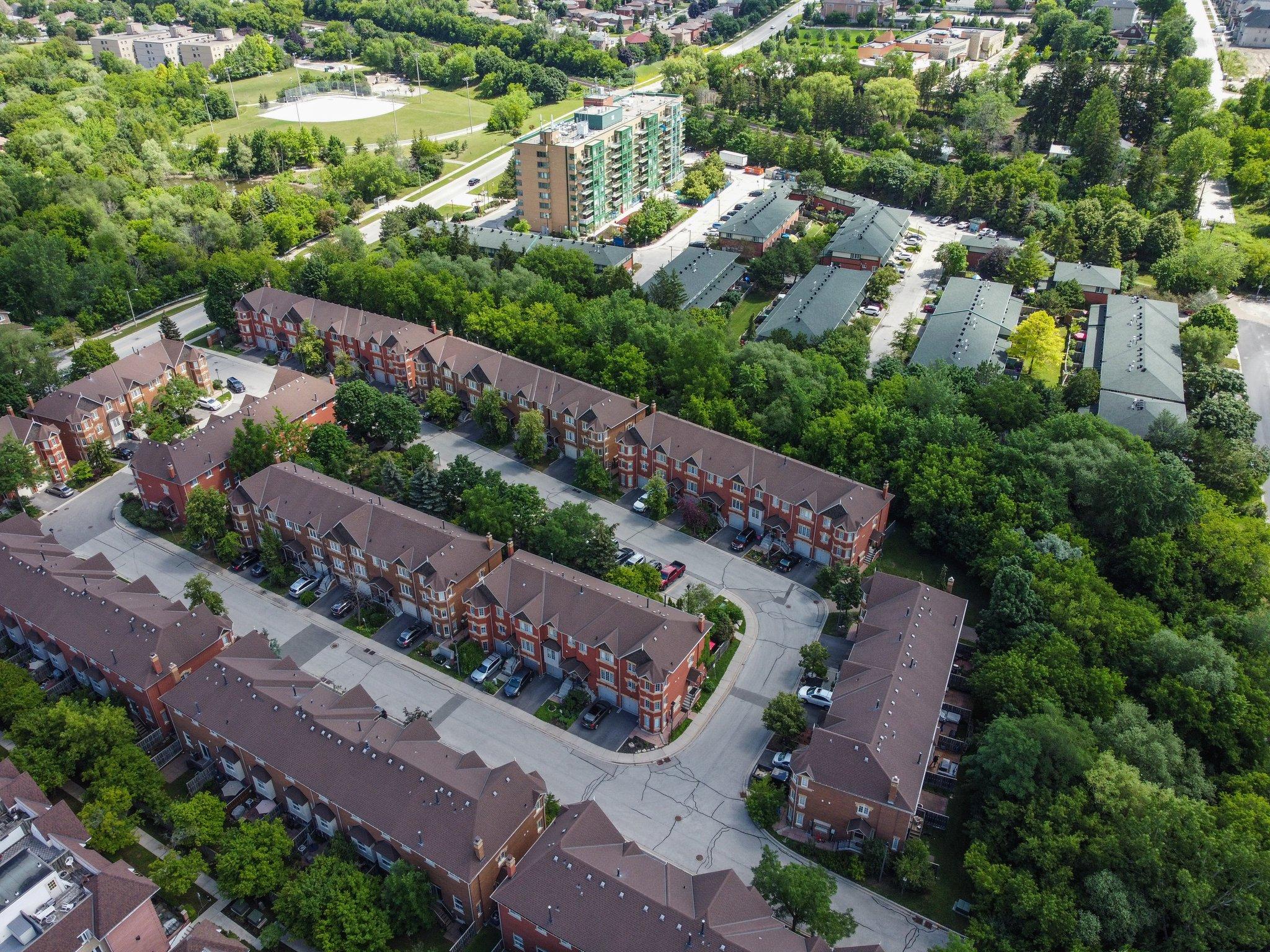 95 Weldrick Rd E, Richmond Hill, ON L4C 0H6, Canada Photo 34
